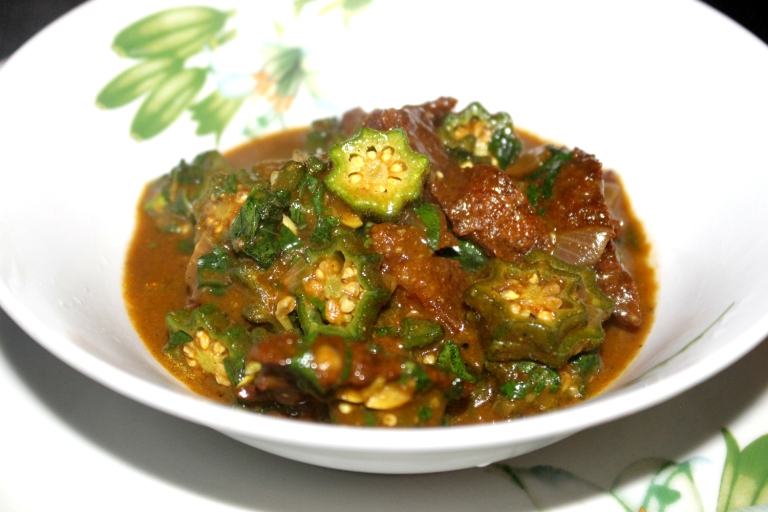curry okra_naija vegan chef_feature no caption.jpg